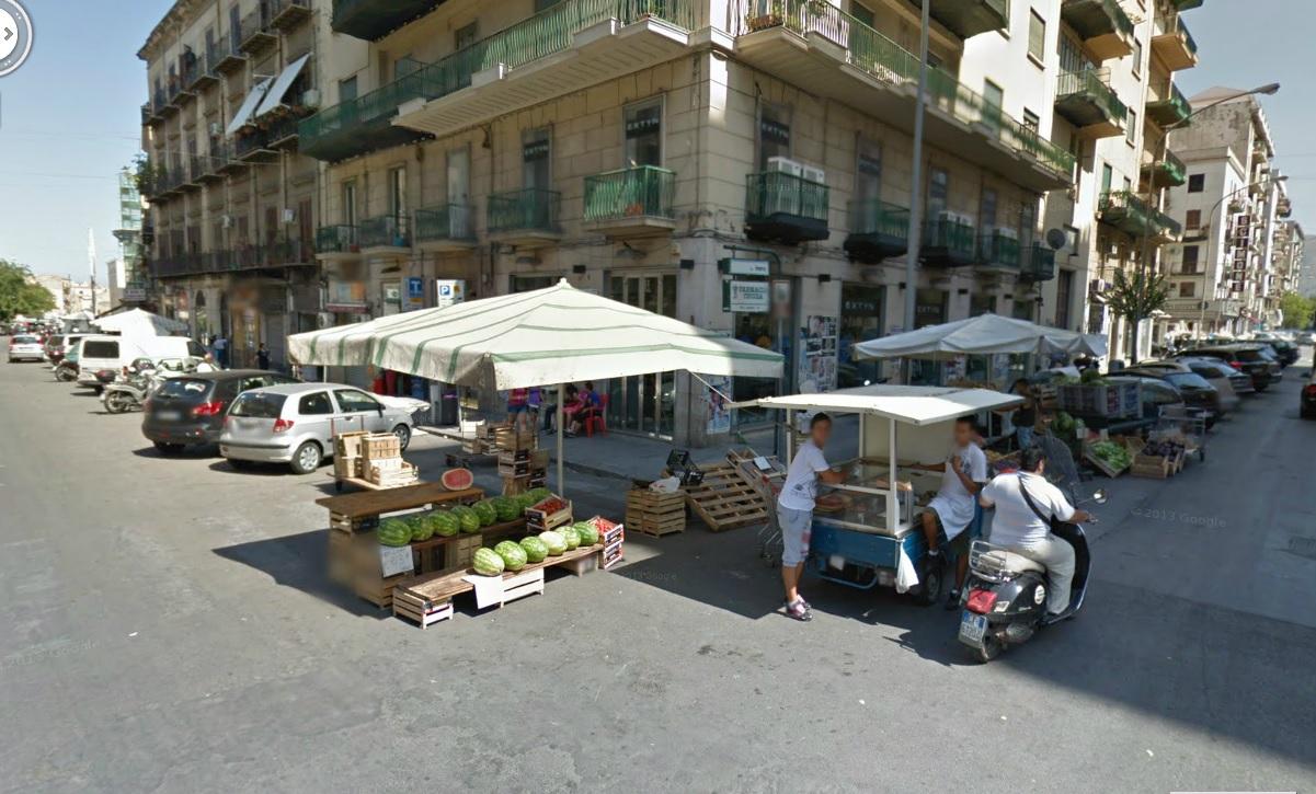 Evoluzione del venditore ambulante a palermo mobilita for Mobilita palermo