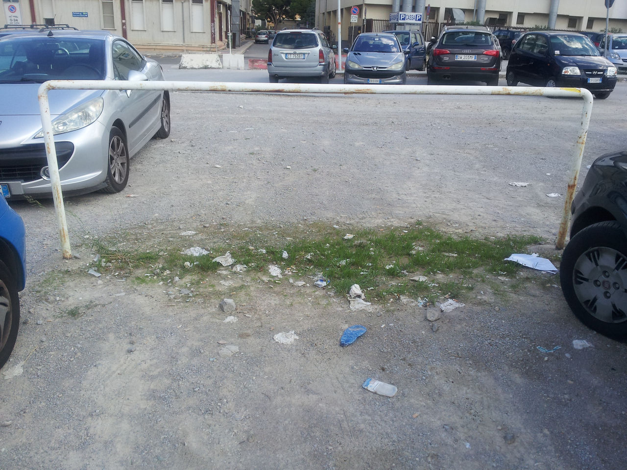 Legno Naturale Viale Regione Siciliana Palermo : L imbarazzante parcheggio dell ospedale civico di palermo