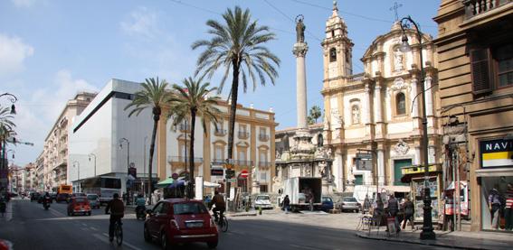 piazza_san_domenico_rinascente