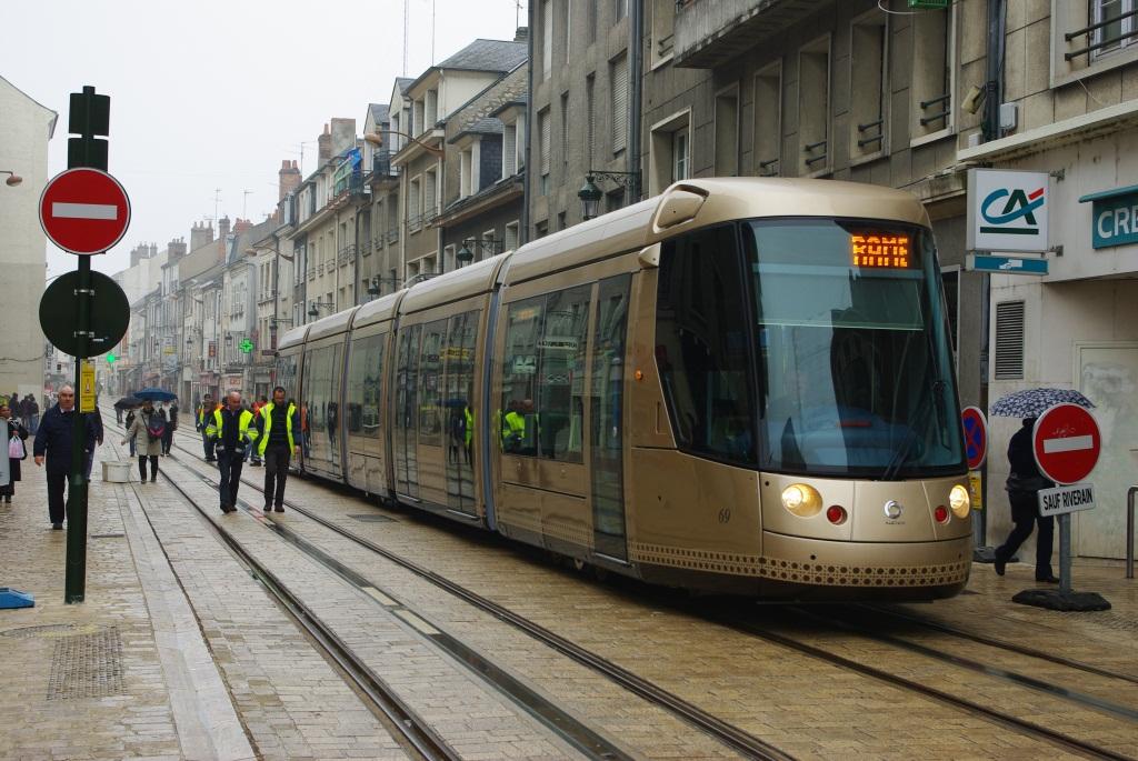 La proposta tram senza fili in centro storico realt possibile mobilita palermo - Horaire tram orleans ligne a ...