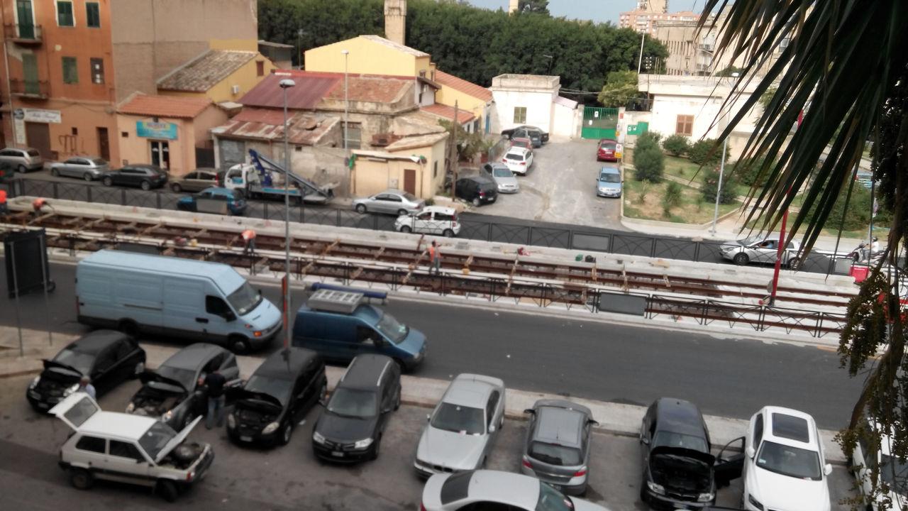Tram riapre l incrocio con via decollati mobilita palermo for Mobilita palermo
