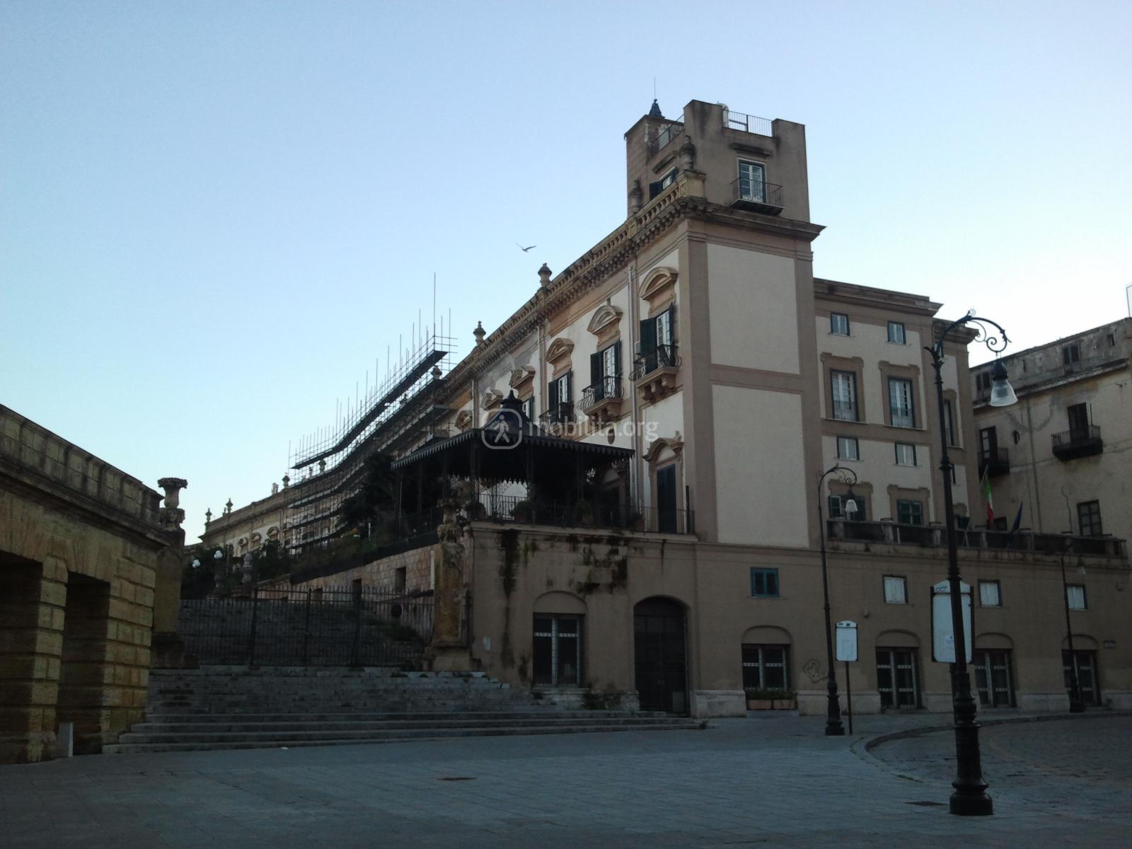 Centro storico in restauro palazzo butera mobilita palermo for Mobilita palermo