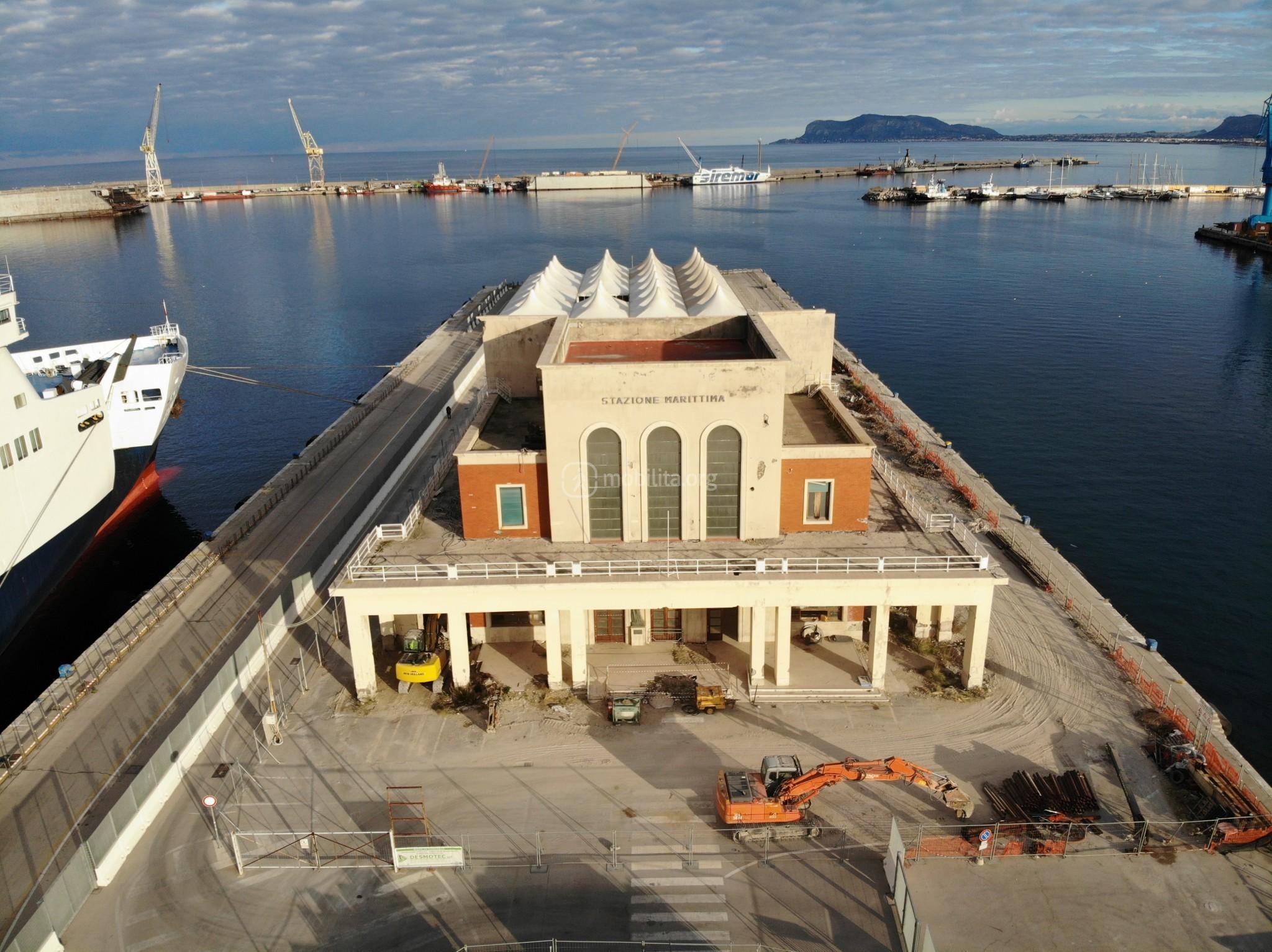 Foto ripartiti i lavori alla stazione marittima del for Mobilita palermo